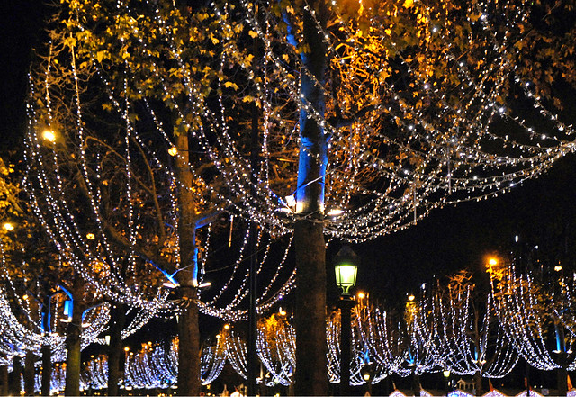 Illuminations de Noël (Champs Elysées, Paris)
