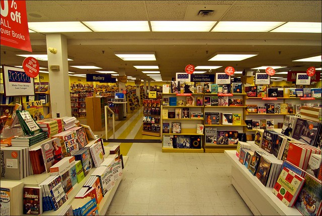 World 39 s biggest bookstore flickr photo sharing for World s longest video