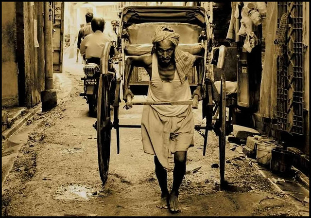Story of the Rickshaw Puller | Kolkata