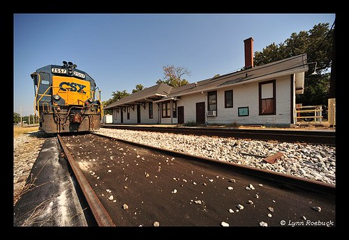usa architecture design tennessee traintracks engine structures railway trains tenn depot historical railroaddepot nationalregisterofhistoricplaces ridingtherails coffeecounty tullahomatennessee lynnroebuck nashvillechattanoogaandstlouisrailway tullahomacampaign ihearthattrainacoming tullahomacoffeecountytennessee