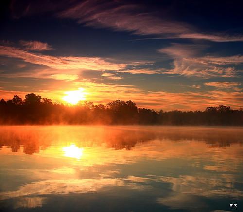morning fab usa fog sunrise canon reflections landscape searchthebest lakes southcarolina sunrays goosecreek naturesfinest blueribbonwinner tamron1750 40d abigfave anawesomeshot canon40d absolutelystunningscapes vosplusbellesphotos