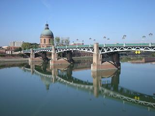 L'hôpital de La Grave, le Pont Saint-Pierre et la Garonne