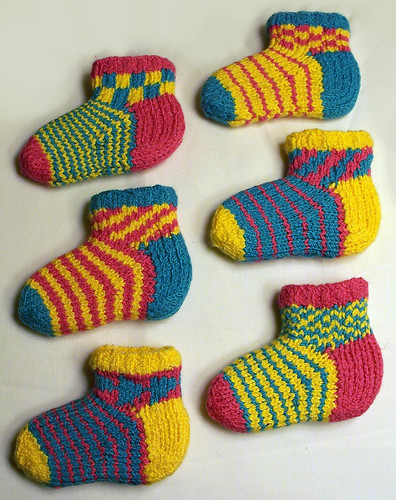 ColorJoy by LynnH, Chippy Socks for Kids (pattern), Knit by Diana/Otterwise