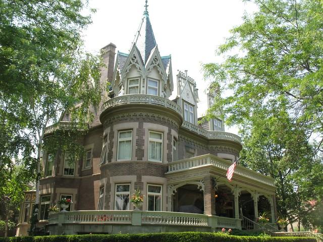 House on Newberry Boulevard