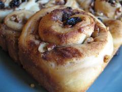 produce(0.0), breakfast(1.0), baking(1.0), baked goods(1.0), cinnamon roll(1.0), food(1.0), dish(1.0), cuisine(1.0), brioche(1.0),