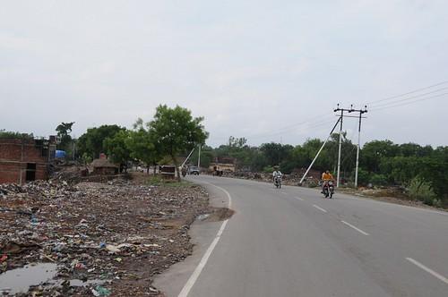 general waste solidwaste uttarpradesh geo:dir=841 june2008 geo:lat=25131225 geo:lon=825798283333333 dhaurupur mirzapurcumvindhyachal