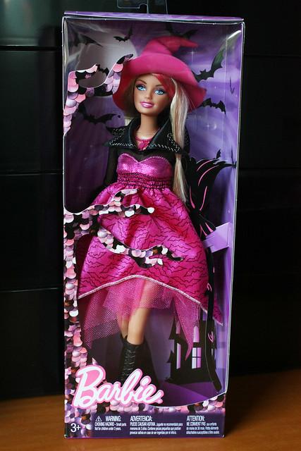 Barbie Halloween 2010 (Happy Halloween)