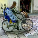 ciclista con custodia