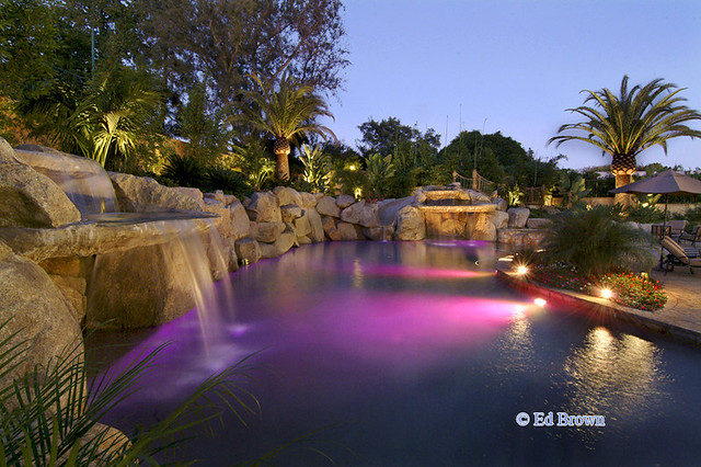 Backyard oasis flickr photo sharing for Garden oases pool