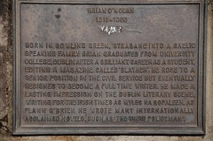 Photo of Brian O'Nolan bronze plaque