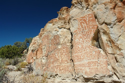 nevada humboldttoiyabenationalforest hotcreekrange petroglyphbutte bigsandspringsvalley
