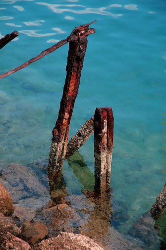 blue sea summer abstract hot reflection water beautiful iron day gulf stones corinth n clear greece nothing rost nichts peloponnisos canoneos400d andreeagerendy
