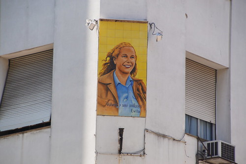 004 Evita op gebouw Buenos Aires