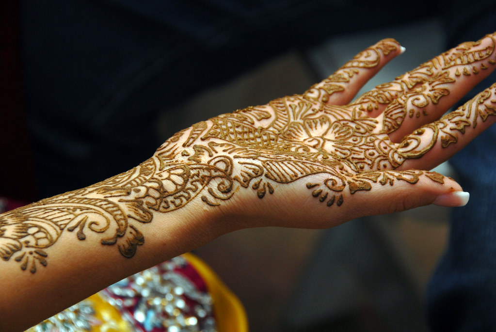 Mehndi Ceremony Quotes In : Mehndi traditional henna art photos �twistedsifter