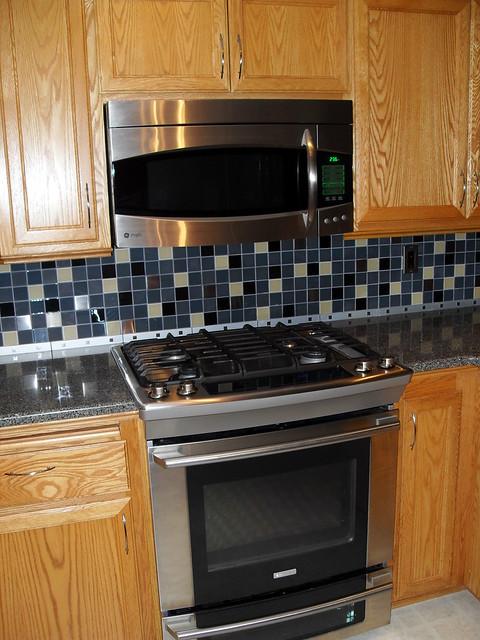 backsplash by stove range top flickr photo sharing