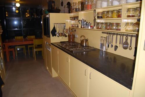Originele keuken opgebouwd met blokken beste inspiratie voor huis ontwerp - Keuken originele keuken ...