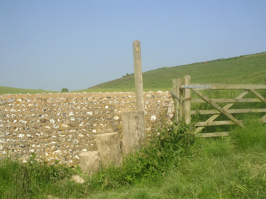 Unusual Stile mentioned in text. Lewes to Rodmell (via Northease) to Seaford
