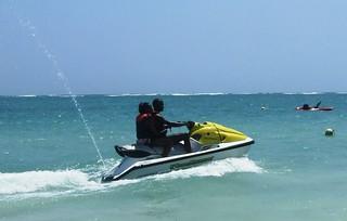 תמונה של Kenya Kitesurf School חוף חולי. africa kenya mombasa waterskidianibeach