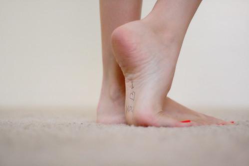Feet FUTAB