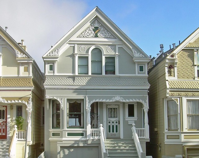 Row house definition foreclosed townhomes find for Terraced house meaning