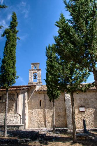 Secinaro (AQ) - Chiesa di Santa Maria della Consolazione