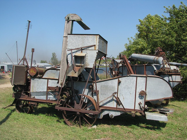 antique threshing machine