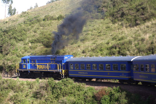 Train from cusco to machu picchu