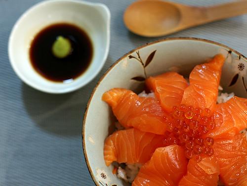 イクラ・鮭親子丼  ikura salmon oyako don