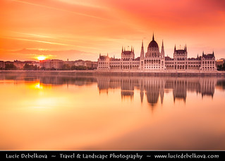Hungary - Budapest - Sunrise over The Hungarian Parliament