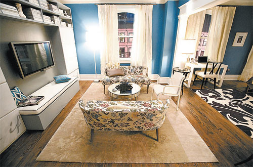 Carrie Bradshaw's New LIving Room