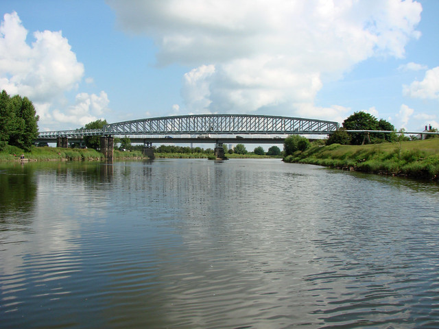 Dunham Bridge And Pipeline River Trent Flickr Photo Sharing