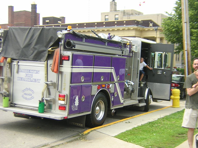 High Pressure Fire Truck : Purple fire engine free image for user