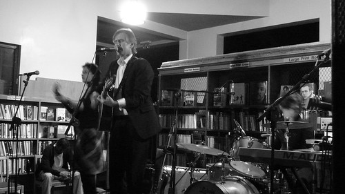 Robert Forster plays Lancaster Library