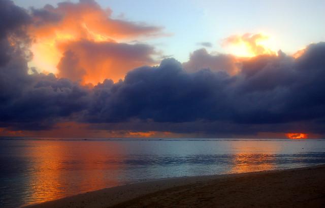 Sunrise_Samoa_May 2008_DSC_6437_2