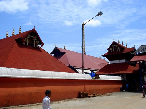 Find Hotels in guruvayur