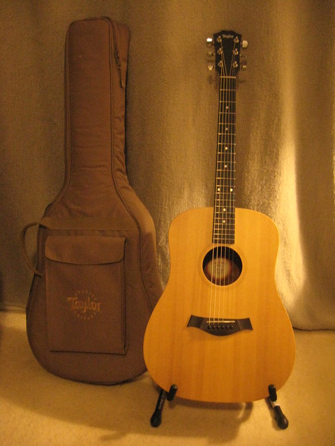 Photo:Taylor Big Baby - guitar and case By pmuellr