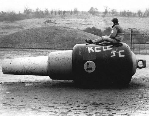 25 Tonne Gun