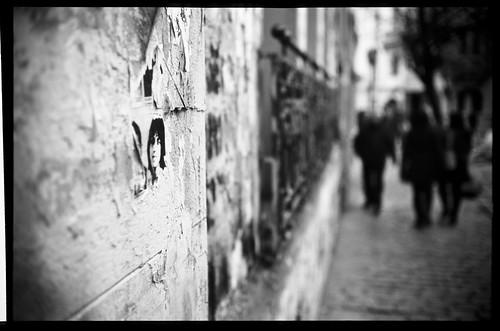 chile city santiago urban bw white black color blancoynegro film analog 35mm canon de lens ed prime nikon focus flickr kodak scanner 911 patrick rangefinder slide scan v chrome 17 100 40 manual 40mm expired joust 35 ektachrome coolscan e6 canonet ql17 giii biancoenero desaparecidos blancinegre reversal blancetnoir schwarzundweiss autaut september111973 lovelycity cityskip patrickjoust