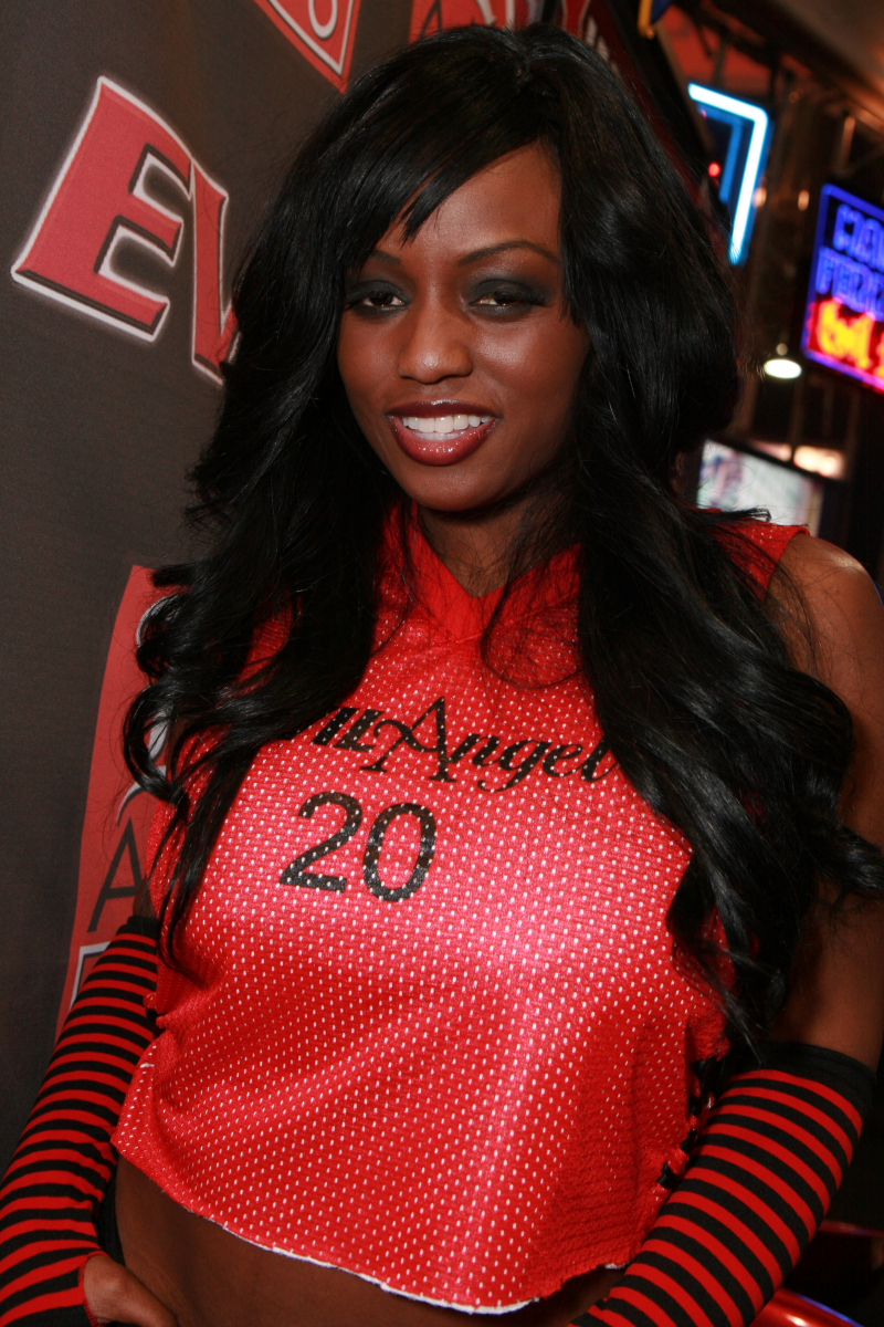 Forum on this topic: Sanne Vloet NED 	3 	2015?017, jada-fire/