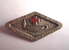 belt buckle(0.0), jewellery(0.0), silver(0.0), metal(1.0), buckle(1.0),