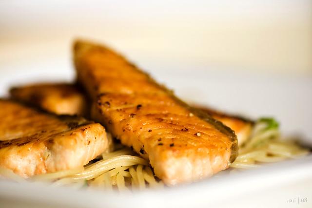 salmon aglio oglio!