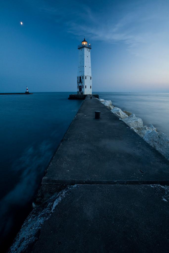 Northern Light. Frankfort, MI