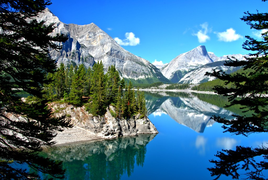 Canmore Alberta and Kananaskis Travel Guide