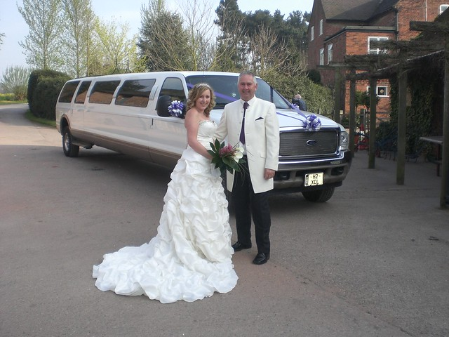 Jeep white limousine wedding tamworth xclusive limousines