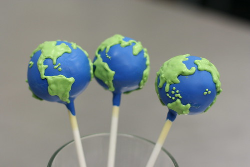 Planet Earth Cake Pops