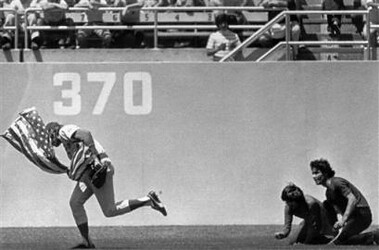 Rick Monday saving the Flag