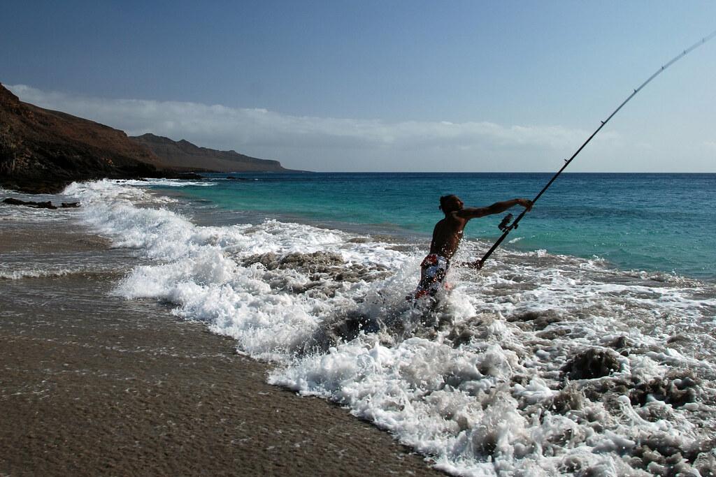 Morabeza au Cap-Vert - Pêche au lancer à Baixo de rocha