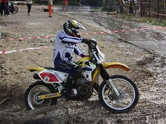 race(0.0), dirt track racing(0.0), motorcycle speedway(0.0), racing(1.0), freestyle motocross(1.0), enduro(1.0), vehicle(1.0), sports(1.0), endurocross(1.0), motorcycle(1.0), motorsport(1.0), motorcycle racing(1.0), road racing(1.0), extreme sport(1.0), motorcycling(1.0), supermoto(1.0), stunt performer(1.0),