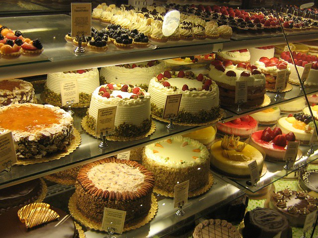 Whole Foods Cakes Prices, Designs & Ordering Process - Cakes ...