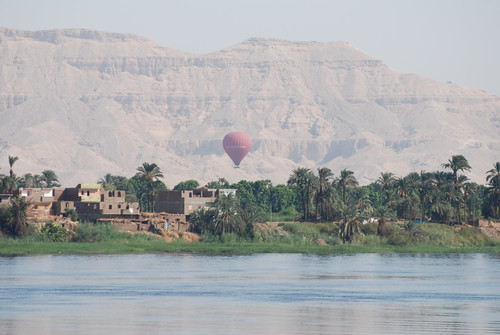 Balloon ride over the West Bank